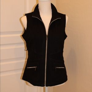Women's Black Rafaello Zip Up Vest